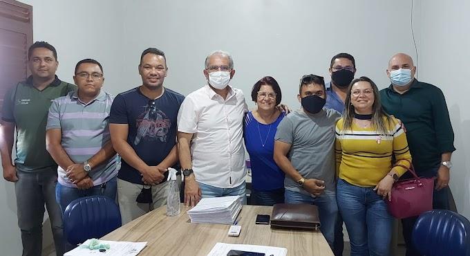 Prefeito de Araruna se reúne com integrantes do Conselho Tutelar