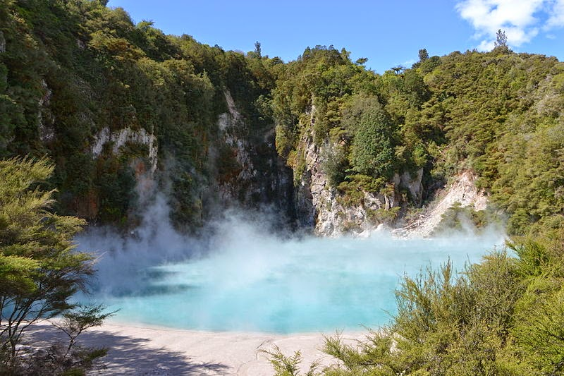 Inferno Crater Lake, New Zealand
