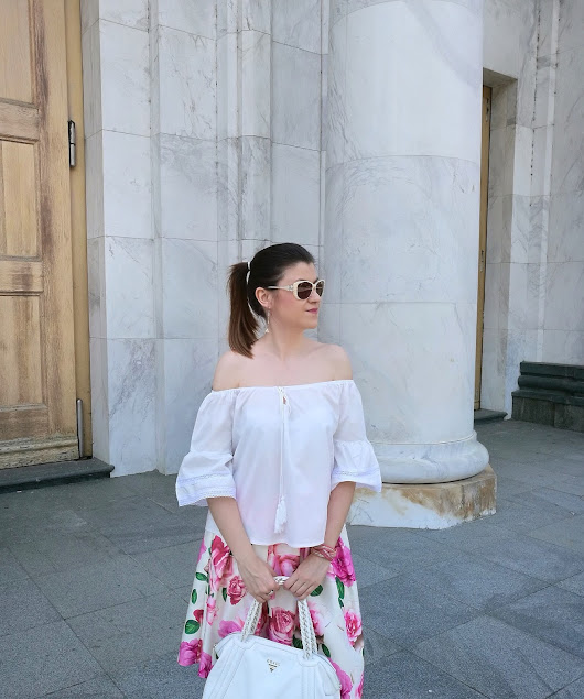 Summer Idea on How to Wear Off-the-Shoulder Top