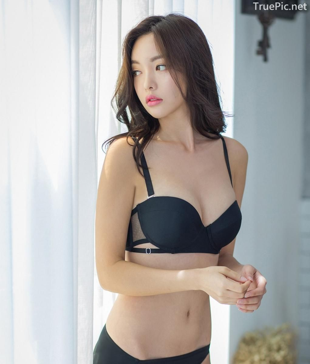 Korean model and fashion - Jin Hee - Black and white Lingerie - Picture 9