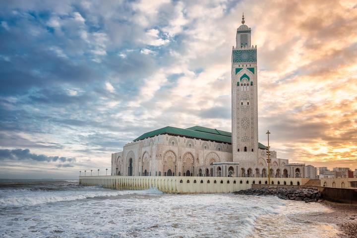 Keindahan Masjid di Tepi Samudra Atlantik, Sinarnya Terlihat dari Mekah, naviri.org, Naviri Magazine, naviri majalah, naviri