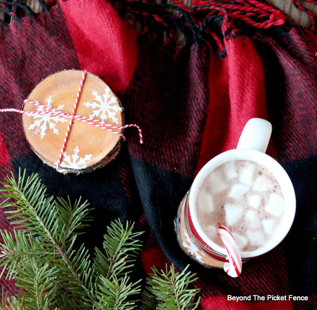 Stencil Cute Christmas Coasters