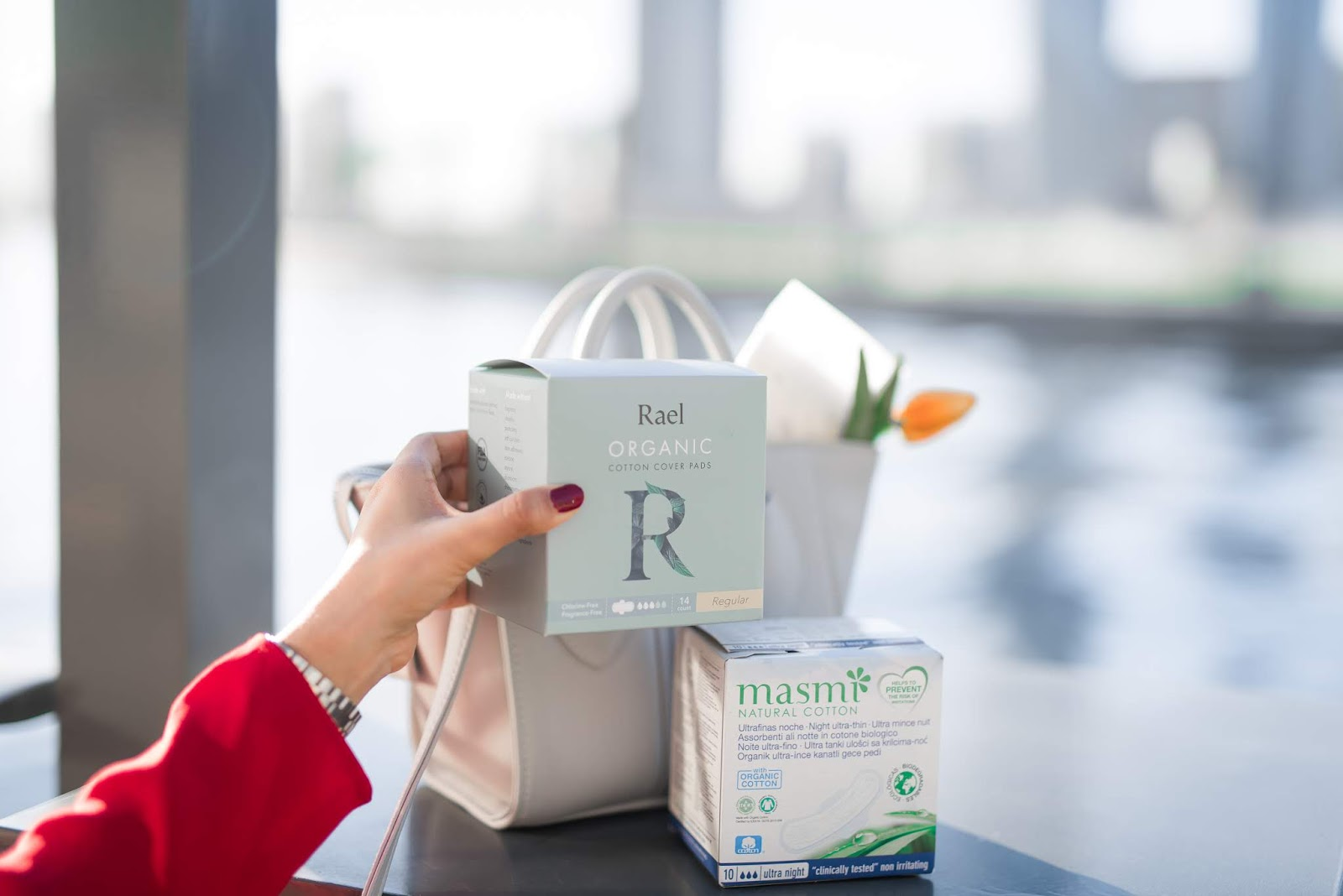 Best Organic Cotton Pads - Rael Masmi - Sustainable Menstruation