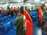 (Video) Truk Box Terbakar, Puluhan Penumpang Kapal di Bakauheni Panik