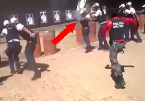 Durante unas prácticas de tiro una granada se cuela dentro del chaleco de un agente.