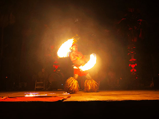 Chief Siela at Chefs Luau and family put on fantastic fire dance (Source: Palmia Observaory)