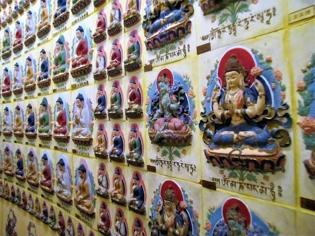 temple wall fo guang shan buddha memorial kaohsiung taiwan
