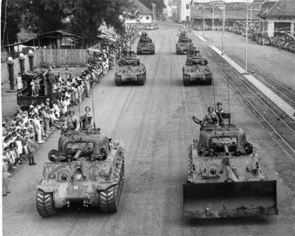 dimulai saat pihak Belanda yang tetap bersikukuh menguasai Indonesia mencari dalih untu Sejarah Agresi Militer Belanda 2 Ringkasan Lengkap