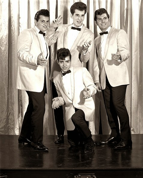 White Doo Wop Collector The Earls Featuring Larry Chance