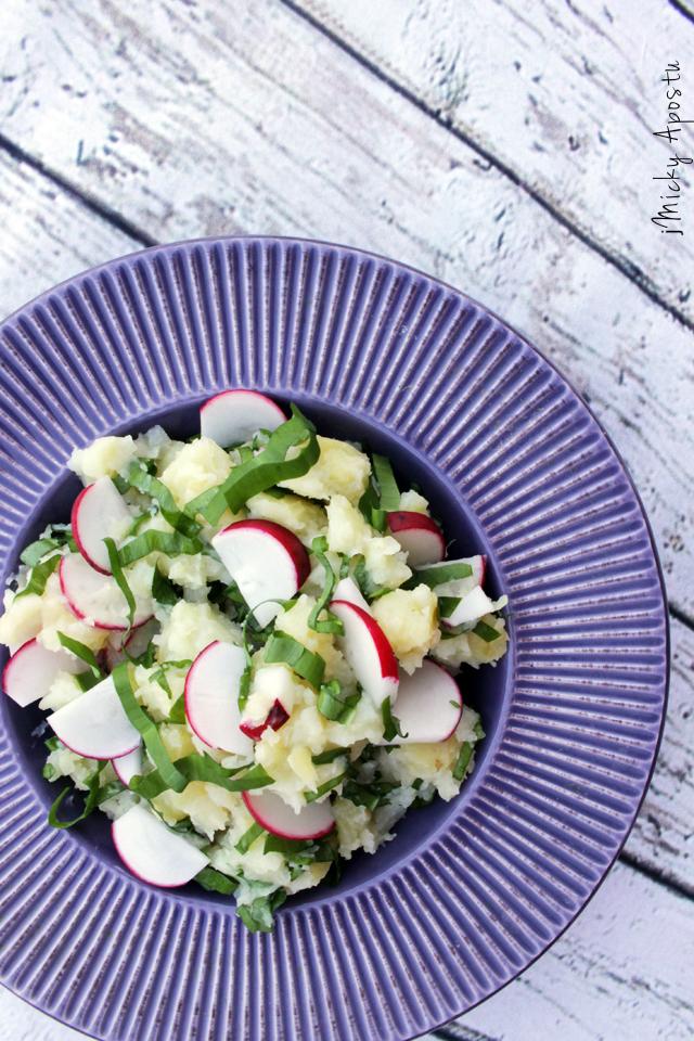 Salata de primavara cu cartofi si leurda