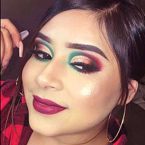 maquillaje de ojos en rojo, verde y dorado para navidad