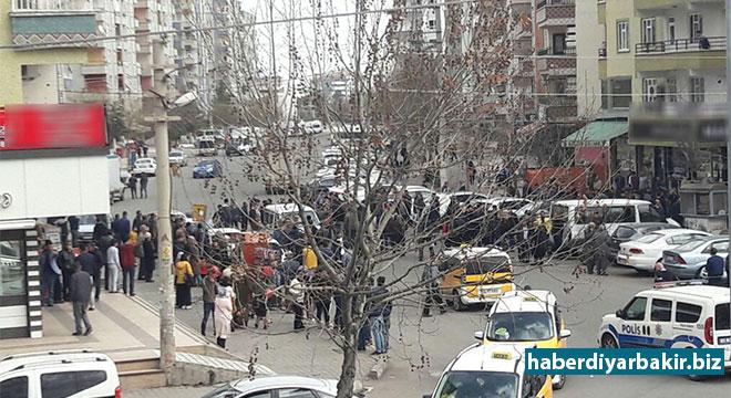 Diyarbakır Gaziler'de silahlı kavga:1 ağır yaralı