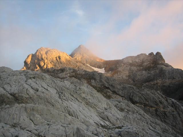 Rutas Montaña Asturias: Tesorero desde Refugio de Cabaña Verónica