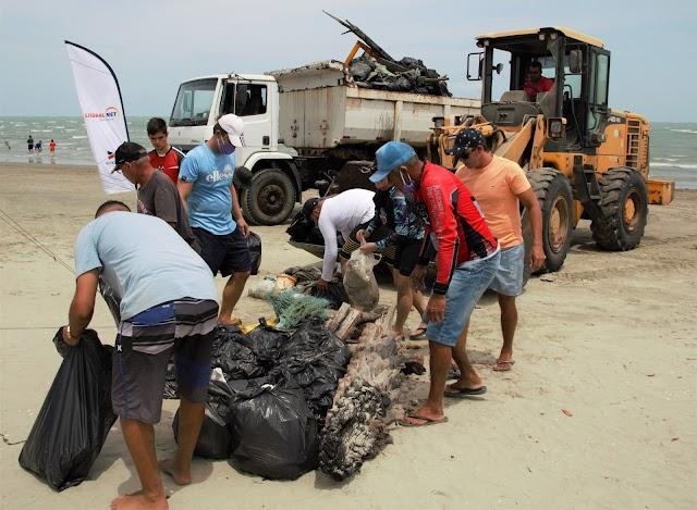 Mutirão: de limpeza recolhe mais de 12 toneladas de lixos e entulhos nas praias de Pernambuquinho e Alagamar com a poio da prefeitura de Grossos; entenda