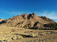 Sinai - Photo by Youhana Nassif on Unsplash