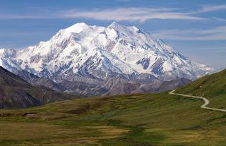 दुनिया के 10 सबसे खूबसूरत पहाड़ | दुनिया के शीर्ष 10 सबसे खूबसूरत पहाड़