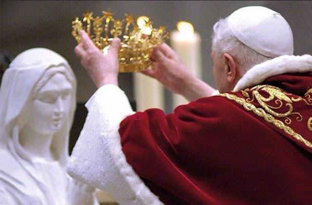 Đức Trinh Nữ Maria: Là Mẹ của Ơn Cứu Rỗi, tước hiệu cuối cùng mà Thiên Đàng ban cho Mẹ, hãy để Mẹ trợ giúp các con