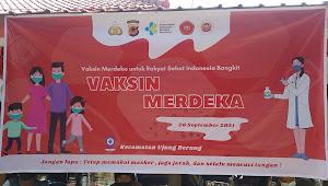 Vaksinasi Merdeka secara Massal di  Kecamatan Ujungberung, bekerjasama dengan Universitas Al-Ghifari dan Polrestabes,IBI dan PPNI Bandung
