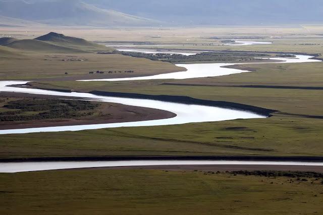 Gambar sungai kuning