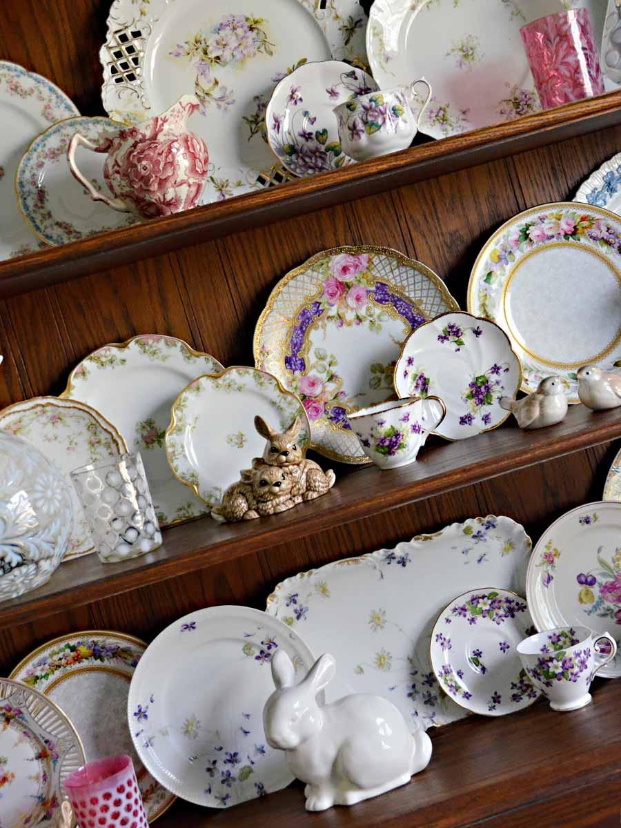 Welsh Dresser Hutch Spring vintage china plate display