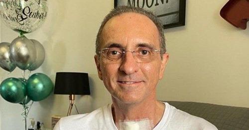 """Médico recebe alta após 108 dias internado com Covid-19: """"Eu sou resposta de oração"""""""