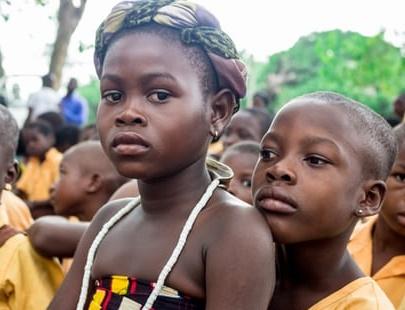 صور بنت افريقية مثيرة