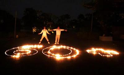 Satu Jam Dalam Suasana Cahaya Lilin, Tamu di Harris Resort Barelang