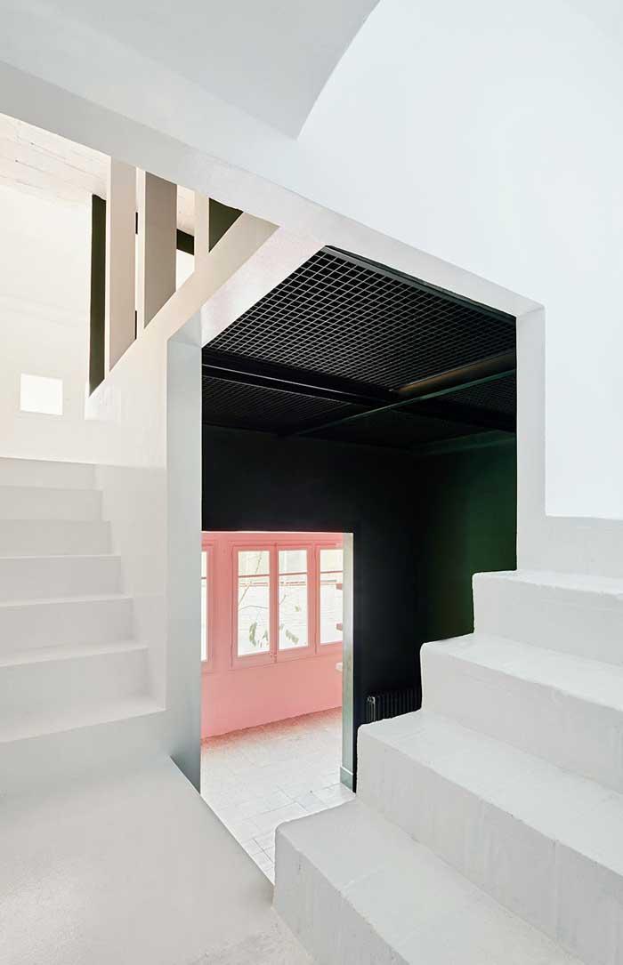 casa_horta_blanco_verde_rosa