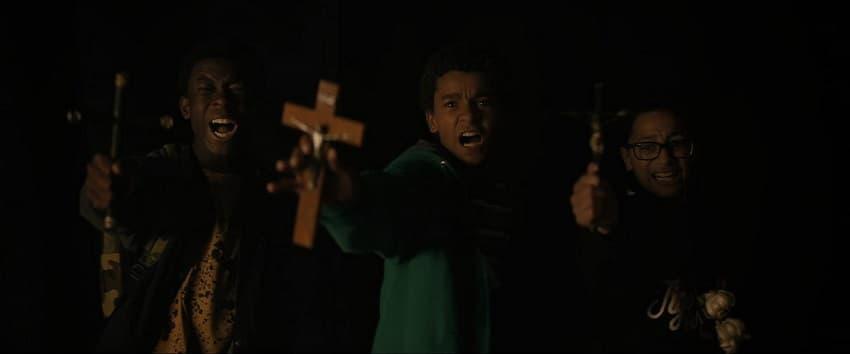Рецензия на фильм «Вампиры в Бронксе» - отличный постмодернистский хоррор про кровососов - 03