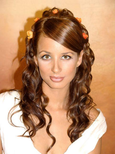 Party Hairstyling With Long Curly Hairstyles:99 Hairstyles