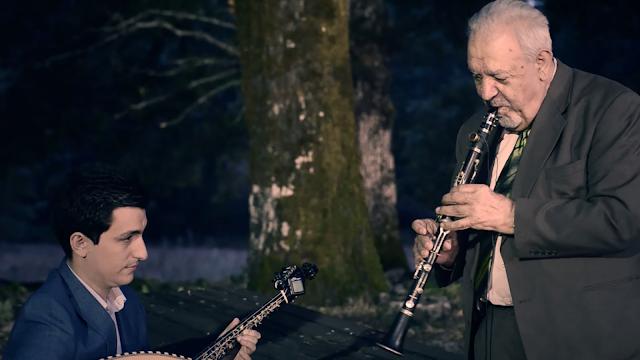 Γιάννενα: Ο Πετρολούκας Χαλκιάς και ο Βασίλης Κώστας ενώνουν το ταλέντο τους στο ΠΩΓΩΝΙ