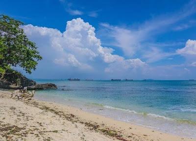 8 Pantai Wisata di Jawa Tengah Terpopuler yang Wajib Dikunjungi