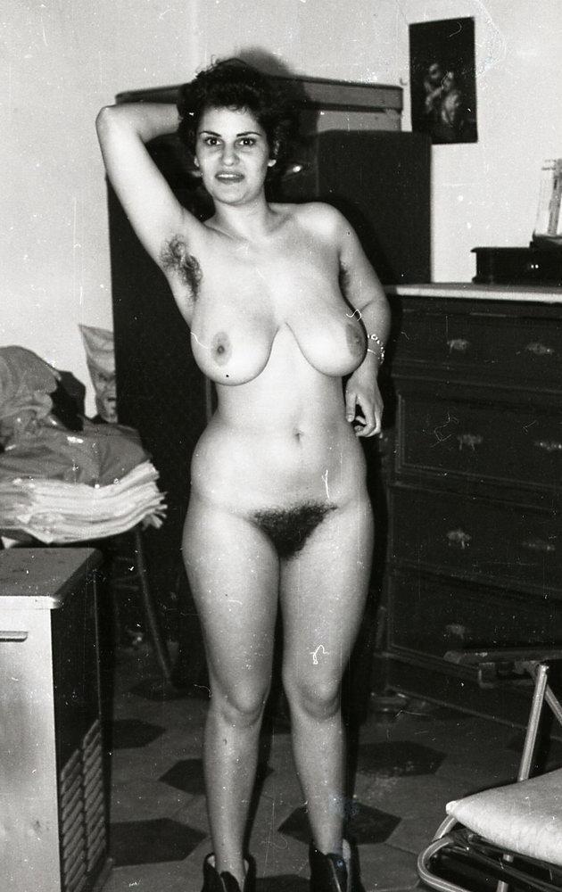 Фото ретро голых пожилых женщин #1