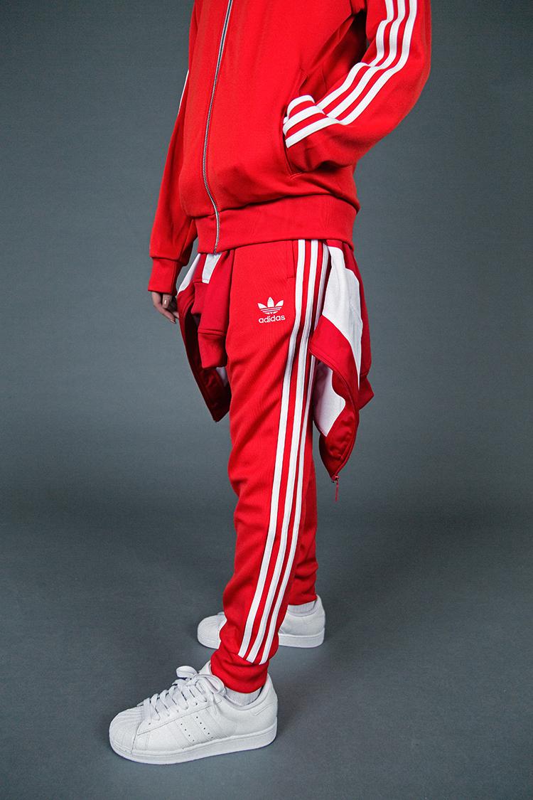low priced d03ae f7ae4 tuta adidas rossa