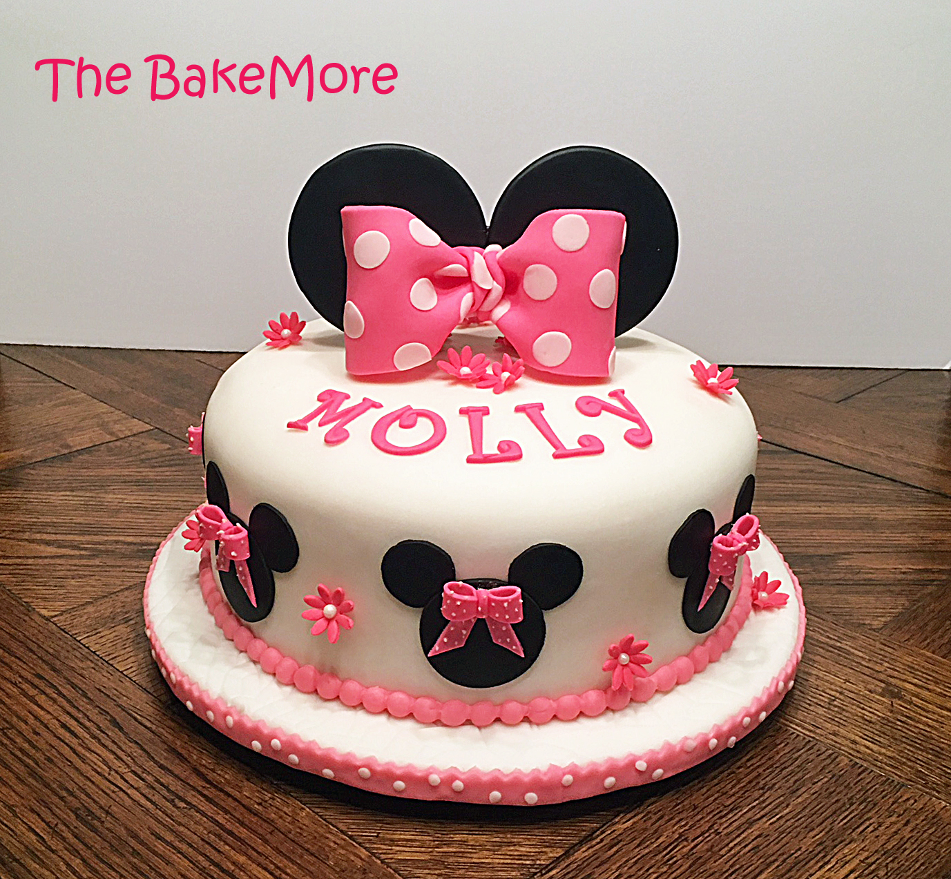 Phenomenal The Bake More Easy Minnie Mouse Cake Just Ears And Bows Funny Birthday Cards Online Alyptdamsfinfo