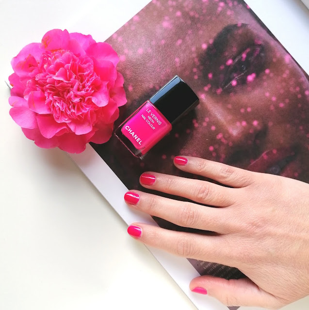 "Chanel Le Vernis Neon ""648 Techno Bloom"""
