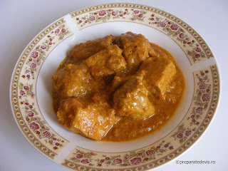 Carne de porc in sos curry retete culinare,