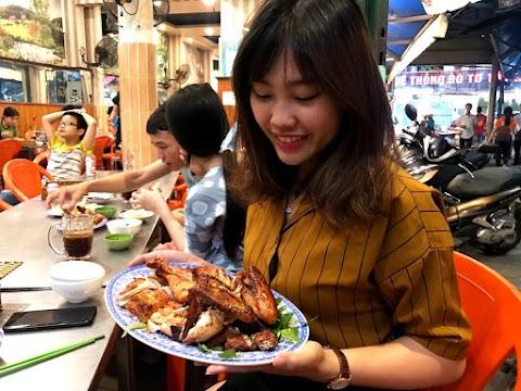 Gà nướng lu Việt Hương