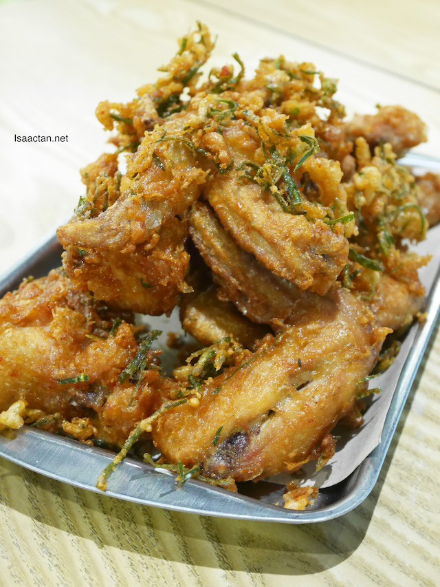 Streat Thai Fried Chicken Wings - RM17.90
