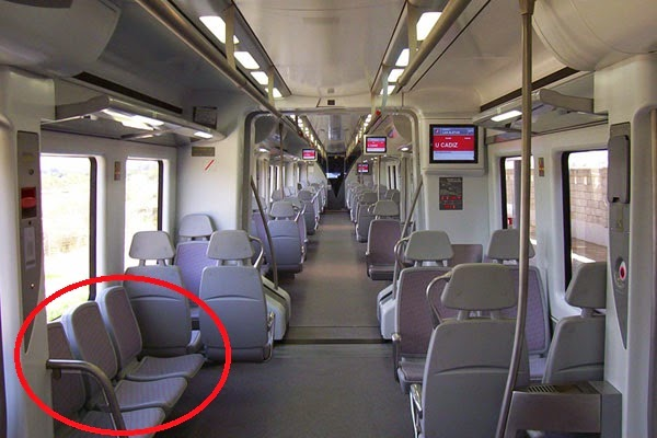 Interior de un tren civia