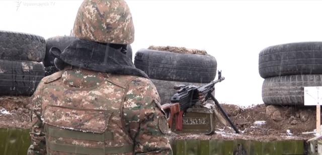 Un soldado de Artsaj recibió una bala desde Azerbaiyán