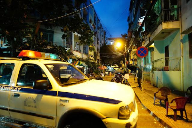 Cơ quan chức năng túc trực 24/24 toàn bộ khu lô B2, chung cư 1A -1B Nguyễn Đình Chiểu.
