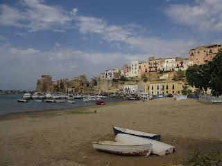 Mario Giordano's mystery begins with a body on a Sicilian beach
