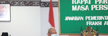 Wakil Walikota Menghadiri Acara Jawaban Pemerintah Terhadap Pandangan Umum Anggota Dewan