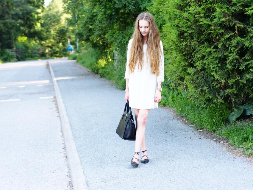 hm-lace-dress