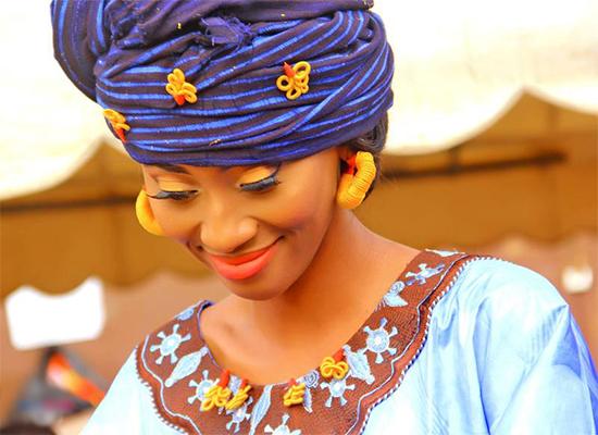 """Les """"jaaro dibbei""""ou bijoux traditionnels toucouleurs sénégalais : Mode, accessoires, bijoux, ethnique, tendance, toucouleur, collier, peul, boucle, d'oreille, tradition, culture, LEUKSENEGAL, Dakar, Sénégal, Afrique"""