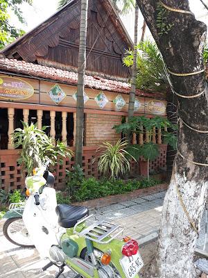 Ẩm Thực Xứ Quảng ミークアンが美味しいのダナンのお店