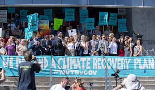 Youth Climate Change Lawsuit - Youth plaintiffs, attorneys, and supporters gather on the steps of the federal courthouse after a hearing in the Juliana v. United States climate change lawsuit at the federal courthouse in Eugene on Wednesday. (Credit: nrtoday.com) Click to Enlarge.