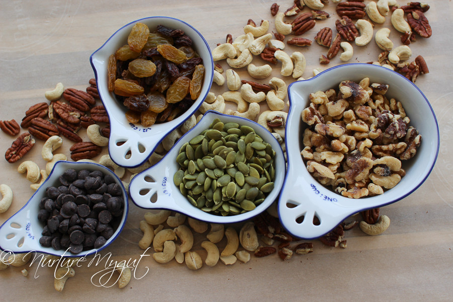 Ultimate Paleo Trail Mix #paleo #whole30 #diet #healthyrecipes #easy