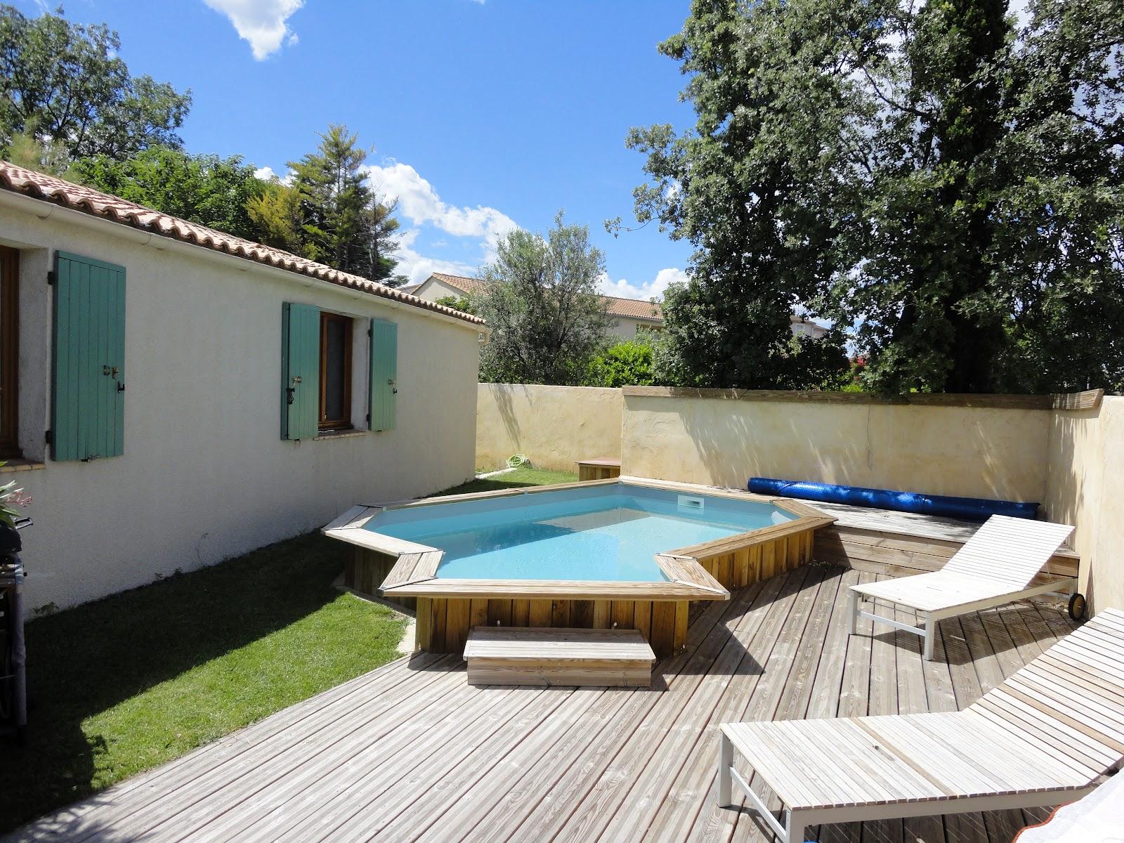a vendre jolie maison avignon terrain 535m2 taxe fonci re taxe habitation 1000 euros 2 coins. Black Bedroom Furniture Sets. Home Design Ideas